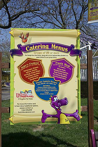 Dutch Wonderland Catering Service Signage